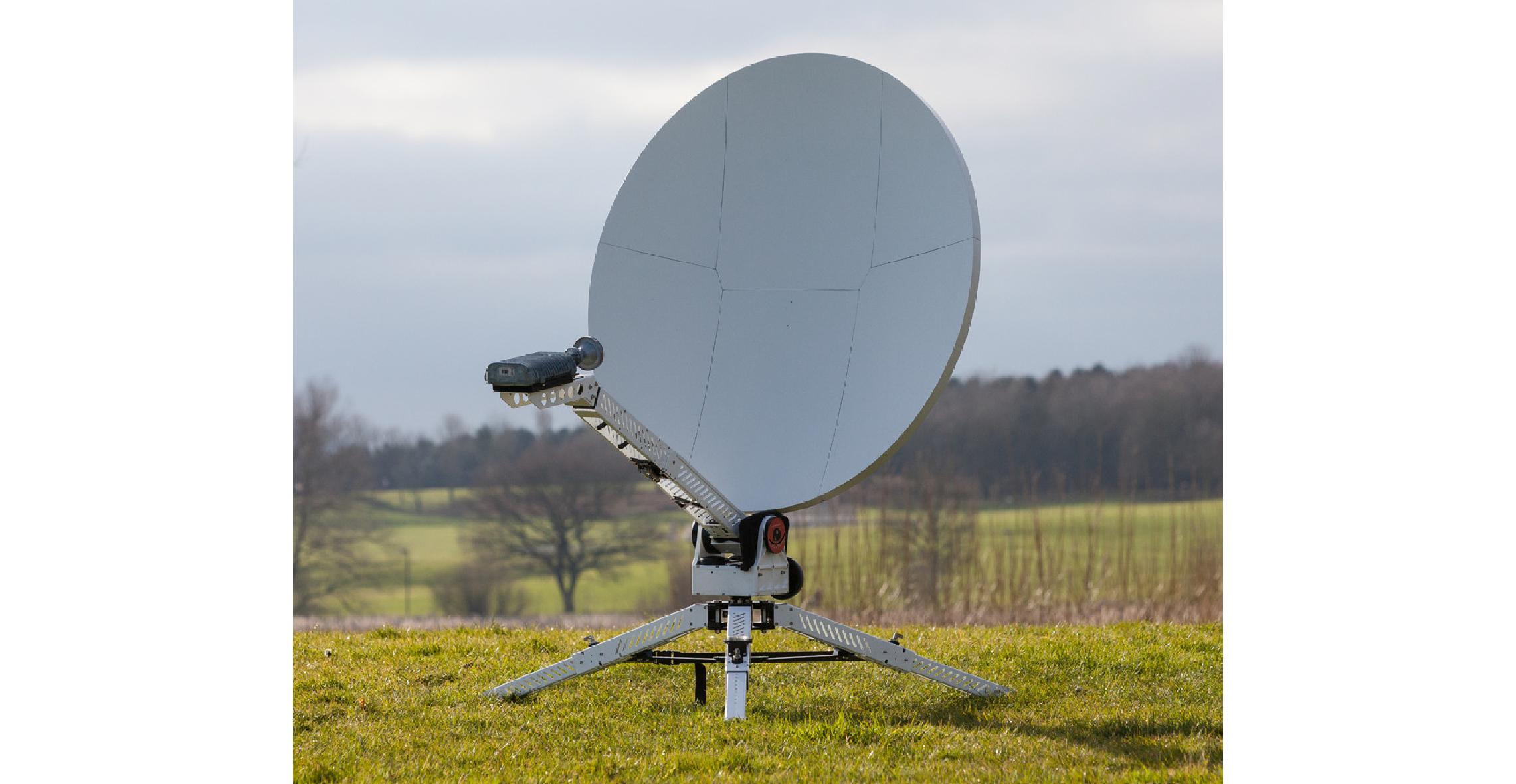 C100FM/FA Flyaway Antenna